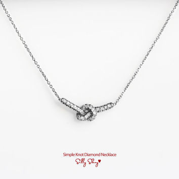 Simple Knot Diamond Necklace 14K Gold