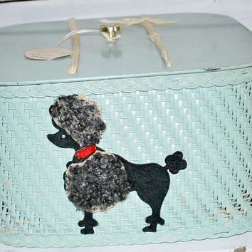 Wicker Sewing Basket Turquoise with Poddle , Vintage Knitting or Embrodery Storage Basket
