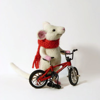 Needle Felted Wool MADE TO ORDER Handmade Felt dol Mouse animals Gifts for her Felted Miniatureanimals Soft sculpture Mouse and velocipede