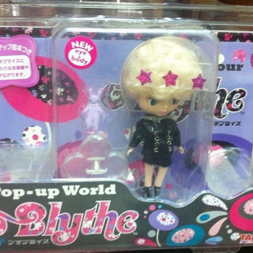 Takara Tomy Petite Blythe PBL-24 Pop Up World Midnight Hour Action Doll Figure