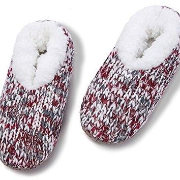 MaaMgic Womens Fuzzy Christmas House Slippers Ladies Cute Bedroom Indoor Knit Winter Slippers