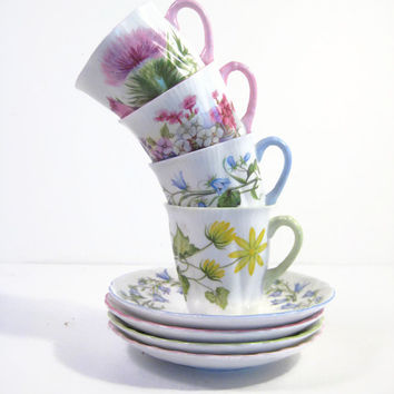 Shelley Demitasse Tea Cups Set of 4 1945-1966 Instant Collection Tea Party Fine Bone China