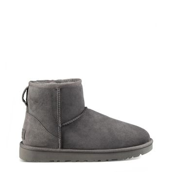 Ugg Classic Women Grey Ankle boots