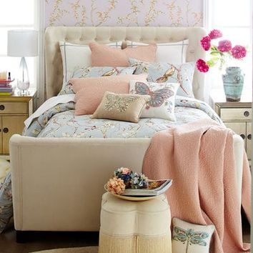 Tully Ivory Tufted Bed