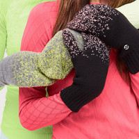 Light & Bright Mittens | Women's Scarves + Gloves | lululemon athletica