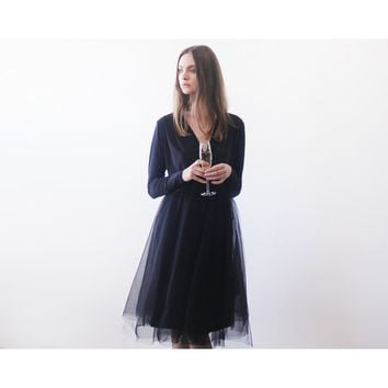 Black midi tulle dress with long sleeves (Champagne)