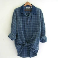 vintage denim jean shirt. button down shirt. slouchy plaid jean shirt. XL