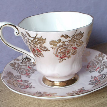 Antique Royal Grafton gold roses tea cup and saucer, pale pink tea cup set, pink and gold tea cup, Bone china tea cup, English tea cup