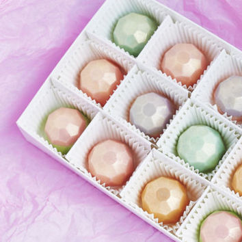 Assorted Box Of 12 White Chocolate Gems