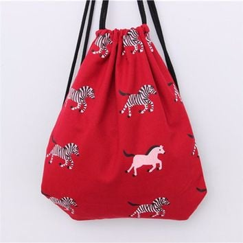 Red canvas backpack women school bag Drawstring Beam Port Backpack  Shopping Travel Beach Casual Zebra animals printing Bag 2017