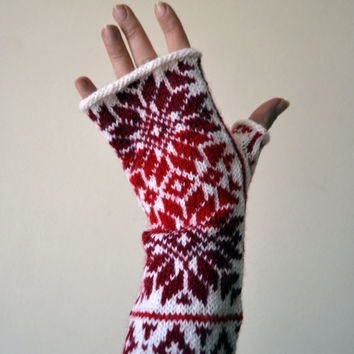 Nordic Fingerless Gloves - Wool White Red Fingerless Gloves - Scandinavian Gloves with Stars - Knit Fingerless Gloves nO 146.