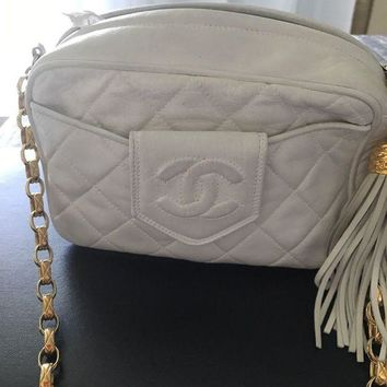 GTOW Authentic Chanel lambskin bag!pre-owned!Mint!