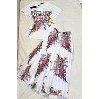 Versace Women Fashion Short Sleeve Top Skirt Two-Piece