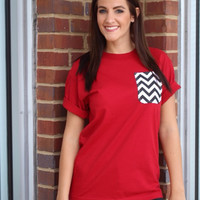 Simply Southern Pocket Tee Red - Black Chevron