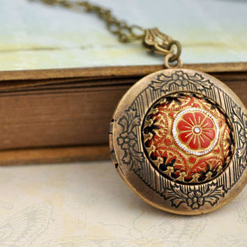 THE RUSSIAN PRINCESS hand painted pressed glass cab locket necklace in antiqued brass
