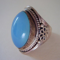 1980's Blue Quartz Cabochon Floral Band Sterling Ring
