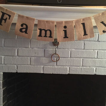 Family Burlap Banner, Family Sign, Family Banner Sign, Family Holiday Photos, Banner Bunting, Personalized Banner, Home Decor Sign