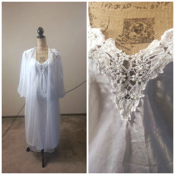 Vintage Peignoir Set White/Silk Nightgown Full Slip Lace Embellished Bed Jacket Robe Chiffon Bridalwear 1980s Wedding Lingerie PERFECT!