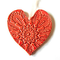Red Heart Ornament Wedding Gift Vintage Lace Pattern Ceramic Red Flower Plate  Organza Ribbon