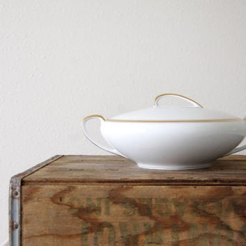 vintage cream and gold round covered vegetable / Bradford 5182 / Casserole with Lid / handles / Noritake China M / Art Deco / made in Japan
