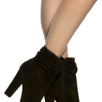 Black Faux Suede Chunky Open Toe Booties @ Cicihot. Booties spell style, so if you want to show what you're made of, pick up a pair. Have fun experimenting with all we have to offer!