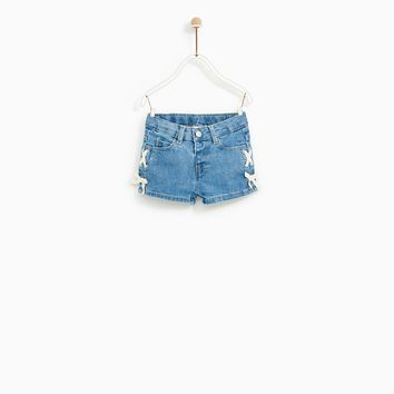 DENIM SHORTS WITH BOWS