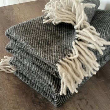 Charcoal grey wool blanket . Coverlet. Organic wool throw.  Grey fringed blanket. Warm winter throw