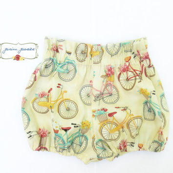 Vintage Style Baby Clothes, Vintage Bicycles, Baby Shorts, Bloomers, Baby Girl Bloomers, Infant Girl Clothing, Unique Baby, Size 3-6 months