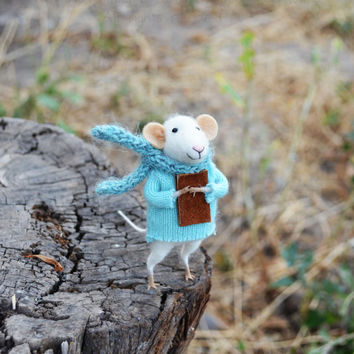 NEW - Little Hopeless Dreamer Mouse- Original artwork designed and created by Johana Molina- by Felting Dreams