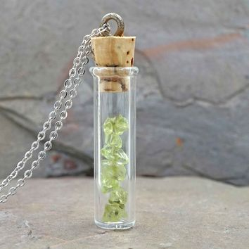 Peridot Vial Aromatherapy Necklace Essential Oil Diffuser Necklace