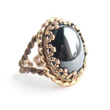Vintage Glass Black Ring -  1960s Adjustable Gold Tone Brass Rope Costume Jewelry / West Germany
