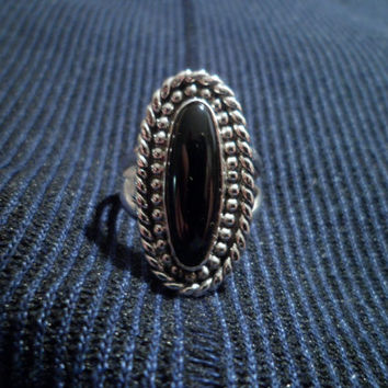 Authentic Navajo,Native American Southwestern sterling silver black onyx ring.Size 7.Can be adjusted.