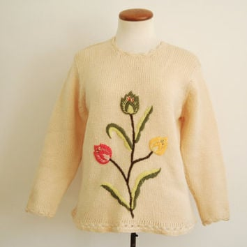 cream white floral sweater - 50s 60s vintage chunky wool knit pullover - tulip flower jumper - small medium