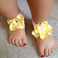 Yellow barefoot flower sandals, bottomless sandals, baby shoes, Newborn baby girl sandals