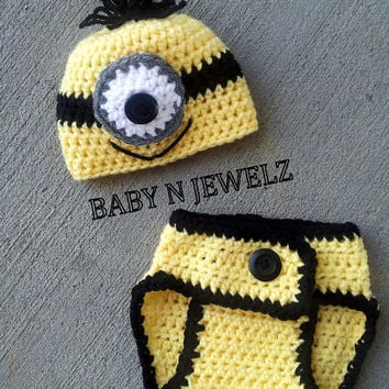Crochet  Minion Outfit -- Photo Prop Set -- Hat, Diaper -- Ready to ship -- 0-3 Month only