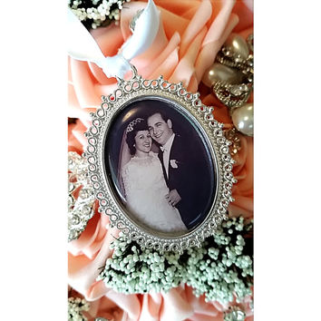 Wedding Bouquet Photo Charm Bridal Bouquet Memorial Photo,Oval Cameo Pendant Wedding Accessorie Bouquet Charm,Bridal Keepsake gift for bride