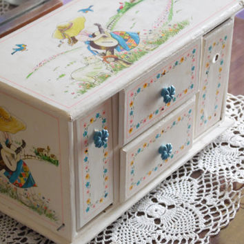 FREE SHIPPING - Jewelry Box/Music Box/Children's Jewelry Box/ Vintage Jewelry Box/Vintage Music Box/Jewelry Cabinet