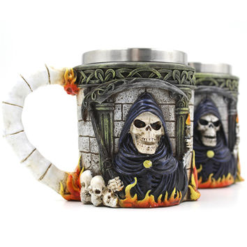 Creative Milk Coffee Mug Cups Resin Skull Mug Tankard Striking Skull Warrior Tankard Viking Skull Beer Gothic Helmet Drinkware