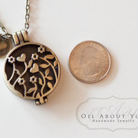 Essential Oil Diffuser Necklace Diffuser Necklace Aromatherapy Necklace Antique Bronze Locket Pendant Filigree Gift For Her Heart Love Scent