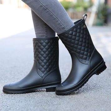 Winter boots brand design Boots Rain Boot Shoes Woman Solid Rubber Waterproof Flats Fashion Shoes