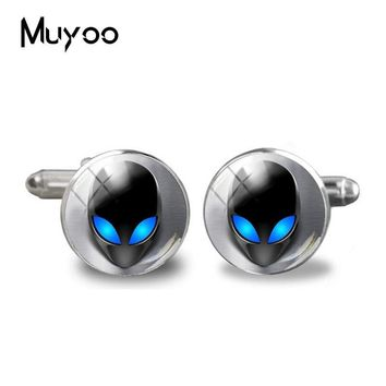 2018 New Alien Cufflink UFO Cuff  Hipster Jewelry Glass Geek Outer Space Science Cufflinks Gift for Boyfriend  Gifts