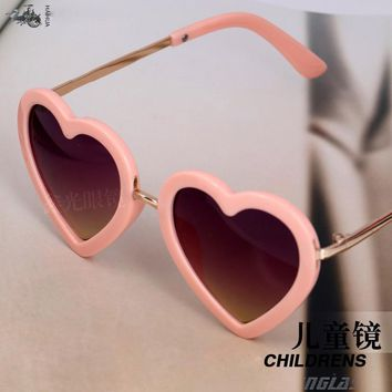 NEW 2016 Cute Heart shape Child UV protection Fashion Sunglasses Baby Girls Kids oculos de sol Lovely children glasses N661