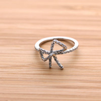 big RIBBON ring with crystals, in silver | girlsluv.it