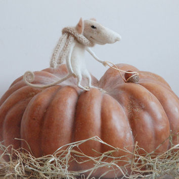 Halloween mouse, felting mouse, art and collectibles,needle mouse, felt mouse, felt miniature,needle animal, tender mouse