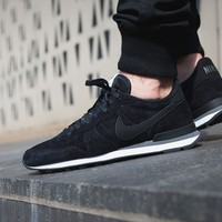 "Internationalist Leather ""Black N Grey"""
