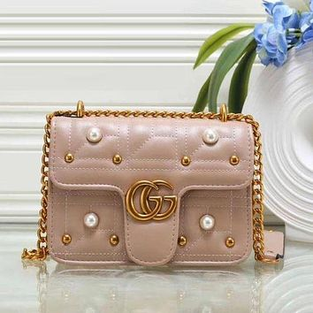 Gucci ladies fashion leather shoulder bag Messenger bag F Apricot
