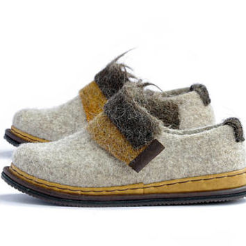 Spring warm shoes- wool clogs shoes- woman wool shoes- felted shoes-bohemian shoes- woolen clog- woman felt loafers- boiled wool shoes