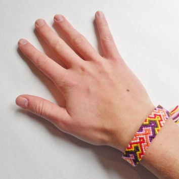 Friendship Bracelet - Colorful Arrowhead Pattern - Handmade