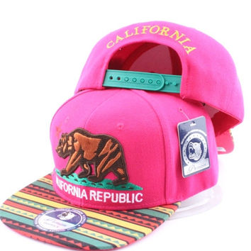 * CALIFORNIA BEAR SNAPBACK PINK