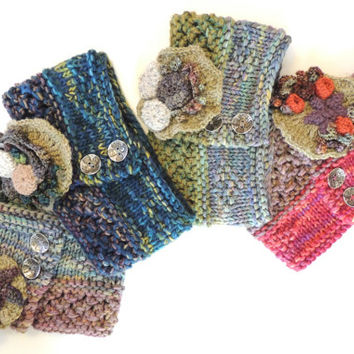Seashore Scarf in various colour choices, Hand painted scarf, tide pool brooch, starfish, beach stone or mountain mist brooch choice, merino